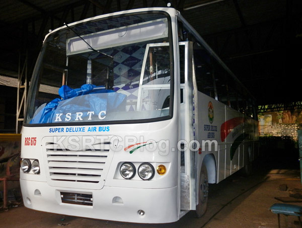 RSC675-New-KSRTC-Super-Deluxe-Air-Bus