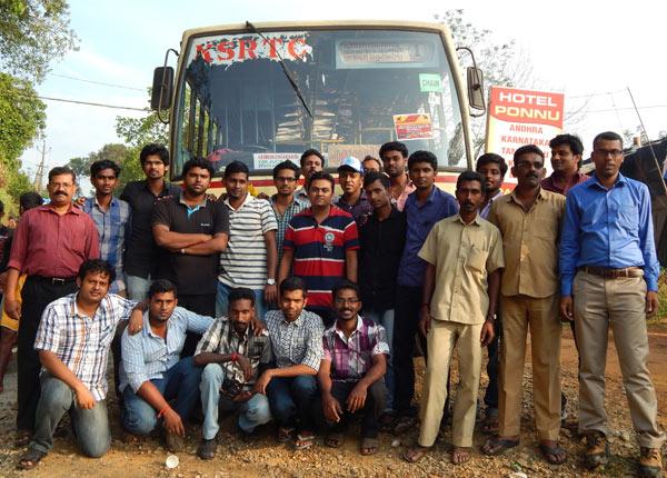 ksrtc-bus-fans-meet-pamba