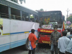 ksrtc-private-bus-accident