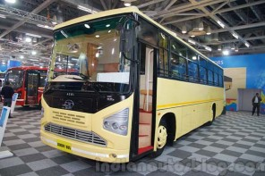 Tata-1512-Luxury-Bus-front-quarters-at-the-Bus-and-Special-Vehicles-Expo-2015-1024x682