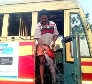 ccrajesh-thiruvalla-ksrtc-driver