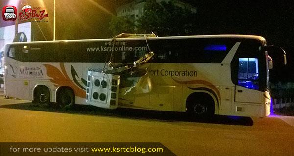 Trivandrum – Mangalore Scania Bus met accident near Aluva